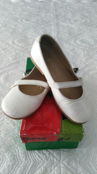 Zapatos de piel nº 25