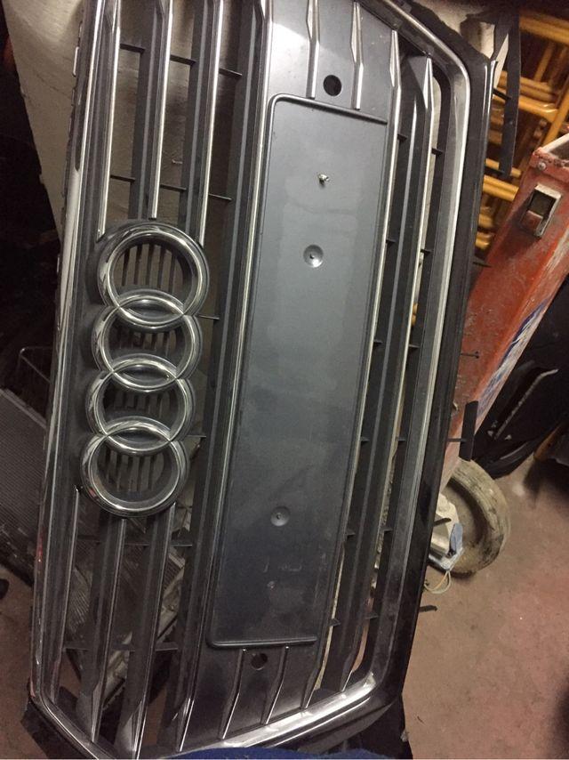 Rejilla Audi