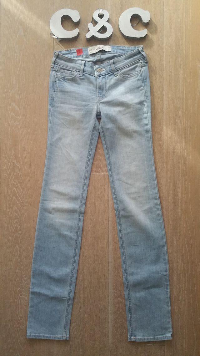 86 Pantalon Tejano Hollister Slim 1 Solo Uso De Segunda Mano Por 10 En Barcelona En Wallapop