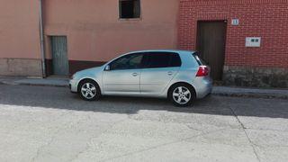 Volkswagen Golf V 2.0 140cv