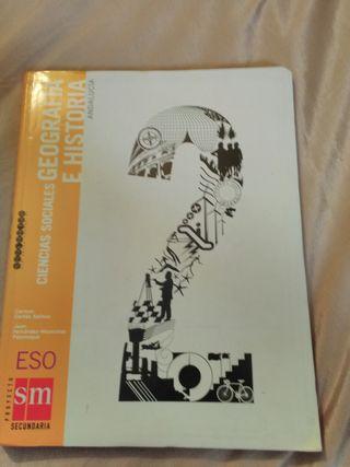 Se vende libro de geografía e historia 2secundaria
