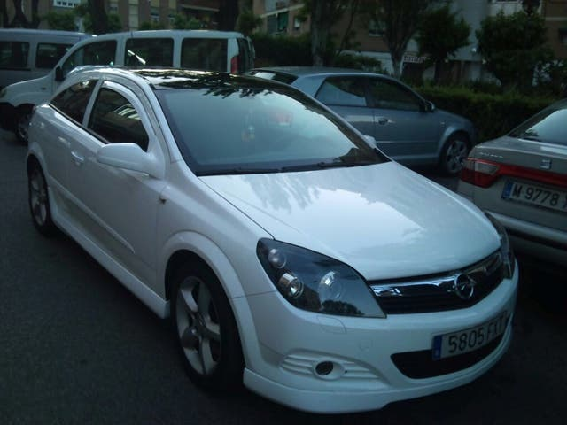 URGE VENTA !!!! Opel Astra GTC 120cv cdti OPC DESING