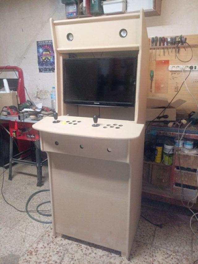se fabrican muebles arcade en los tomillares en wallapop