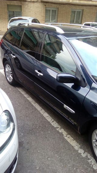 Renault Laguna grand tour privilege 2005