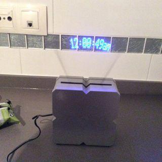 Reloj Mensaje De LED En Movimiento
