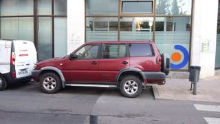 Nissan Terrano II 5p 2.7