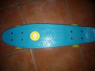 patinete de cuatro ruedas
