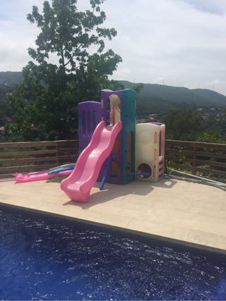 Tobogan piscina jardin parque infantil de segunda mano por for Tobogan piscina segunda mano