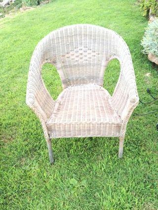 4 sillas mimbre