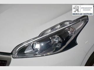 Peugeot 208 5P ALLURE 1.2L PureTech 81KW (110CV) S&S