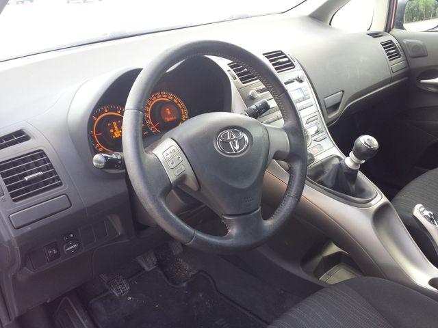 Toyota Auris 1.4 DID 5P