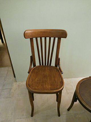 Reparaci n de sillas y muebles ebanisteria en barcelona en - Reparacion muebles ...