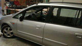 Mazda Premacy 2002