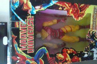 Figura Dardevil Amarillo DC Universe 'Batman Un.'