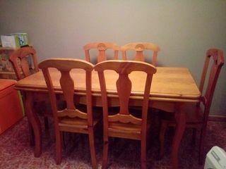 mesa i sillas