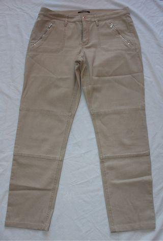 Pantalón beige mujer