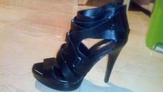 Sandalias negras tacón número 39