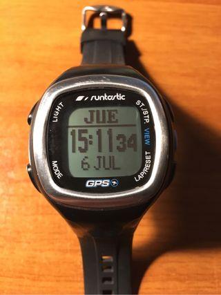 Reloj Gps y pulsometro Runtastic