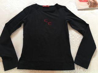 Camiseta negra. Carolina Herrera. T38