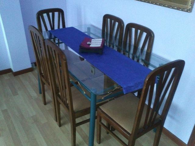 Mesa Comedor cristal con sillas de segunda mano por 80 € en Alcalá ...