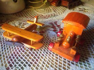 2 juguetes de madera , muy clásicos