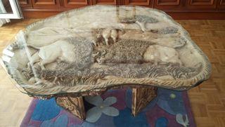 Mesa alabastro con talla