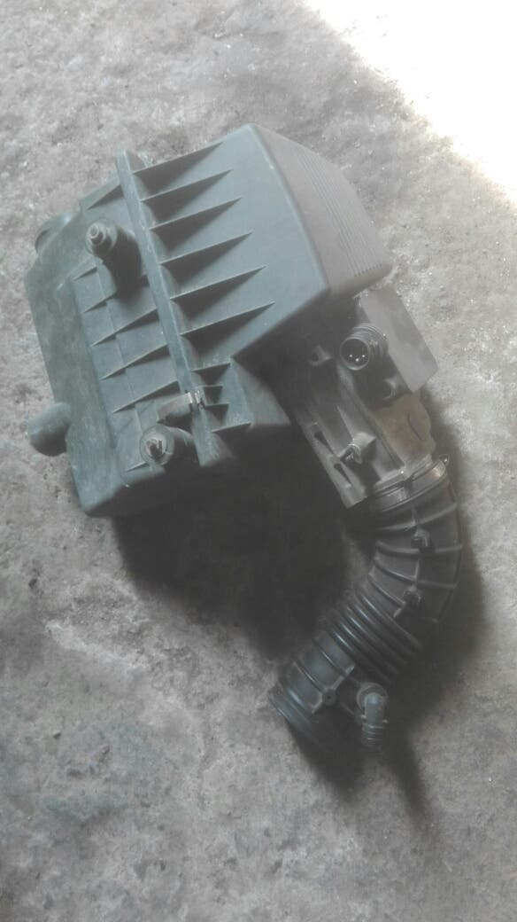 caja de filtro y caudalimetro