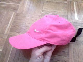 gorra rosa nike