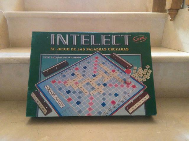 Juego Mesa Intelect Scrabble De Segunda Mano Por 5 En Moralzarzal
