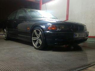 Bmw Serie 3 1998 tiene 473.000mil km