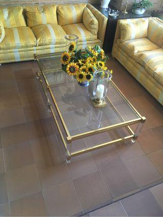 Mesa vintage dorada