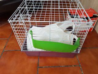 jaula para conejos.