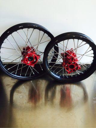 Llantas Pit Bike