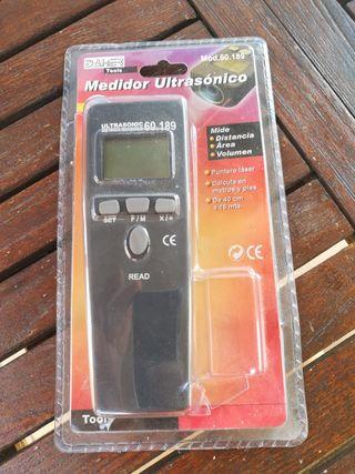Medidor de distancia ultrasónico