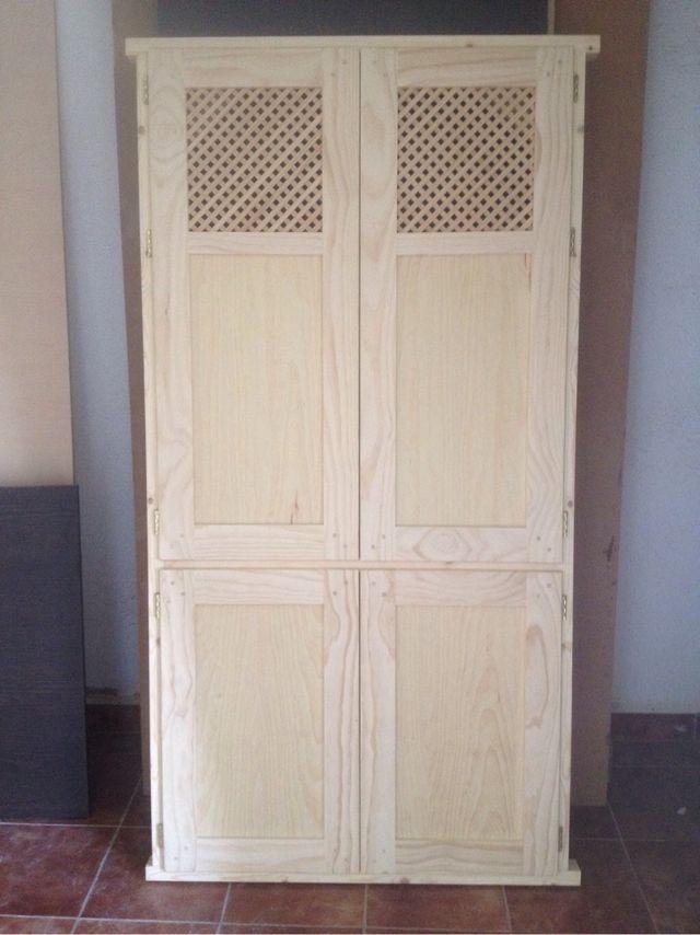 Fabricación de Puertas de madera con marco a medida de segunda mano ...