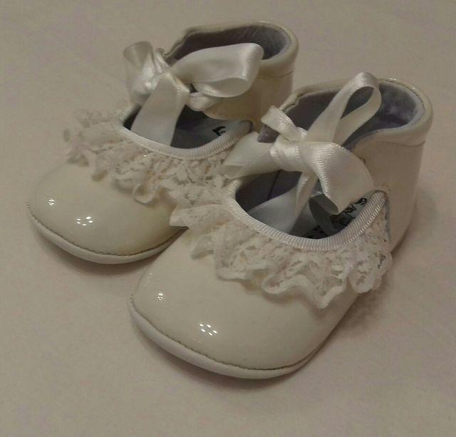 ad2fd8e66 Zapatos bebé niña ceremonia bautizo talla 18. de segunda mano por 10 ...