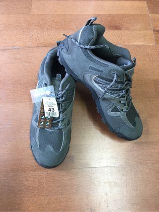 Zapatillas deportivas montaña