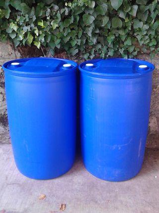 Bidones de plastico para agua 220 litros de segunda mano for Bidones de agua de 1000 litros