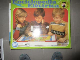Enciclopedia electrónica antigua