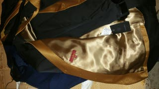 chaleco y corbata caramelo