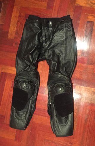 Pantalon moto garibaldi nuevo