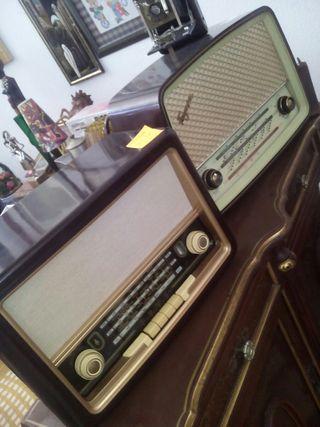 Restauracion ,reparacion y venta radios antiguas.