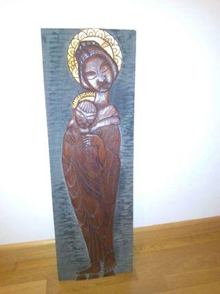 Retablo de madera antiguo