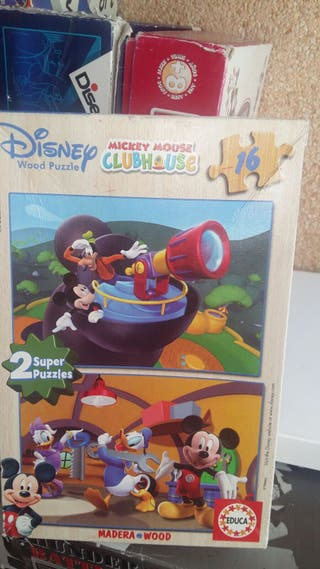 2 puzzles Mickey Mouse