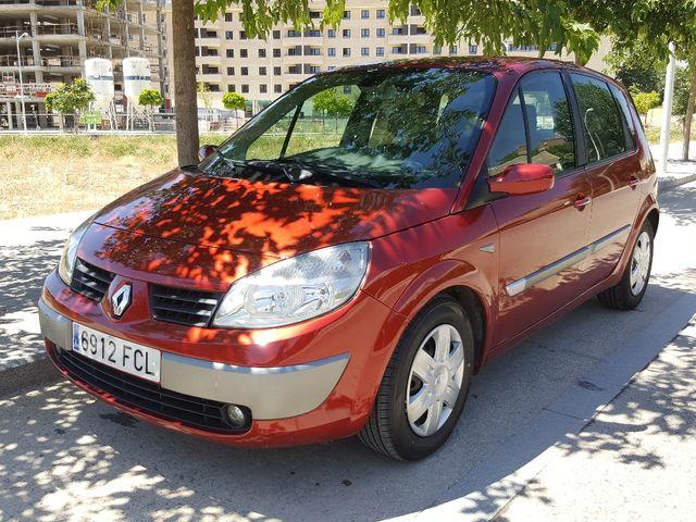 Renault Scenic 1.9 dCi 130 Dynamique
