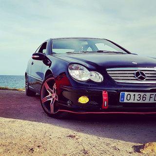 Mercedes-Benz Clase C220 143cv