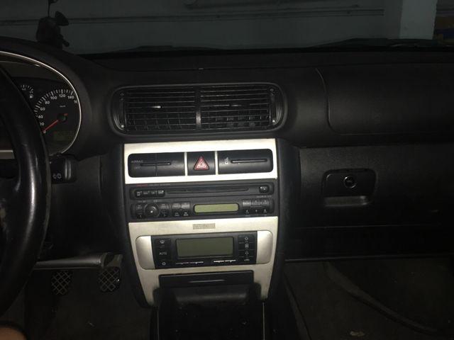 SEAT Leon sport limited 1.6 105cc gasolina