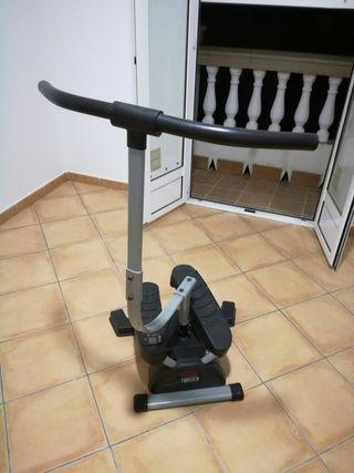 máquina de hacer ejercicio de pedales