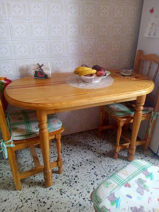 mesa de cocina esta como nueva