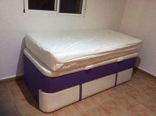 Cama con canapé, y cama auxiliar, sin uso,